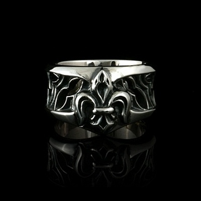 Saluce Silver Band Ring