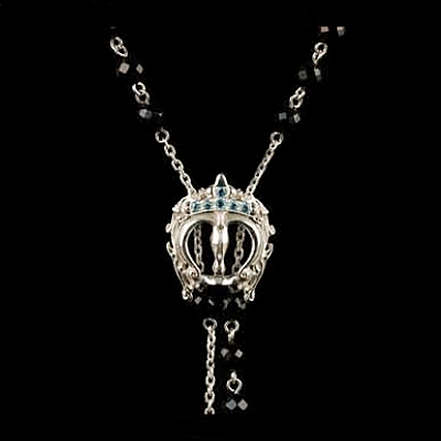 Crown Onyx Necklace