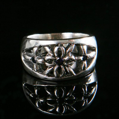 One Off Sapph Ring