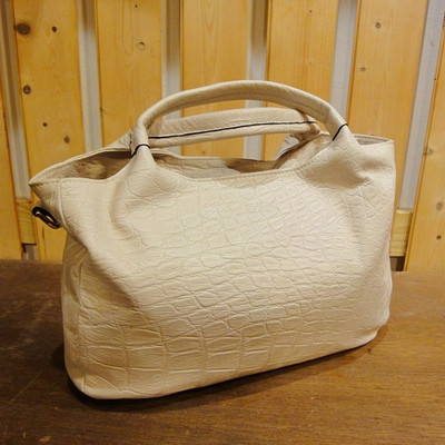 W White Ranch Leather Handbag