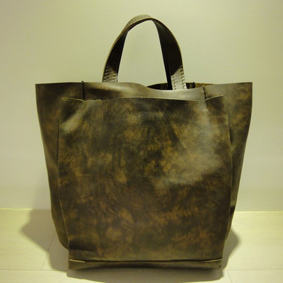 W Resonant Leather Tote