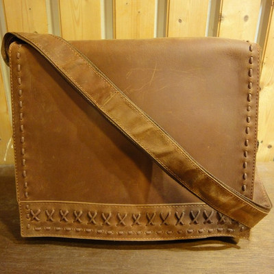 Country Life Leather Messenger Bag