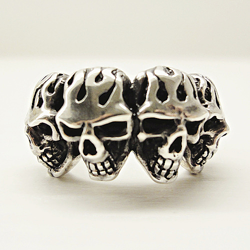 Solid Four Skull Flame Ring