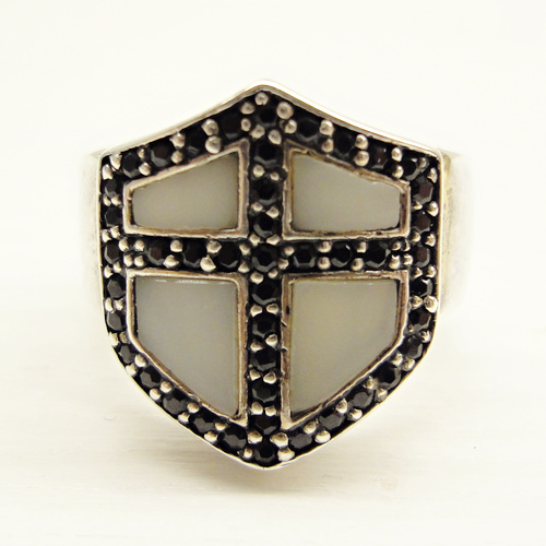 http://www.skullnroses.net/wp-content/uploads/2017/01/rx-008-crusader-shield-ring-side.jpg